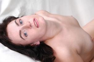 woman-2597065
