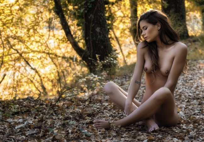 Lorena in the forest III